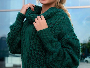 Sweaters and Dickeys. Fall Trends 2018. Livemaster - handmade