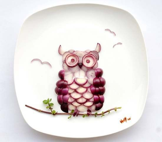 Artist Creates Stunning Portraits out of Food: Owl made from Onions  #FoodArt