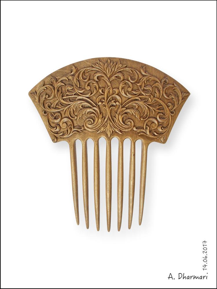 гребень для волос, резьба по дереву, подарок на любой случай