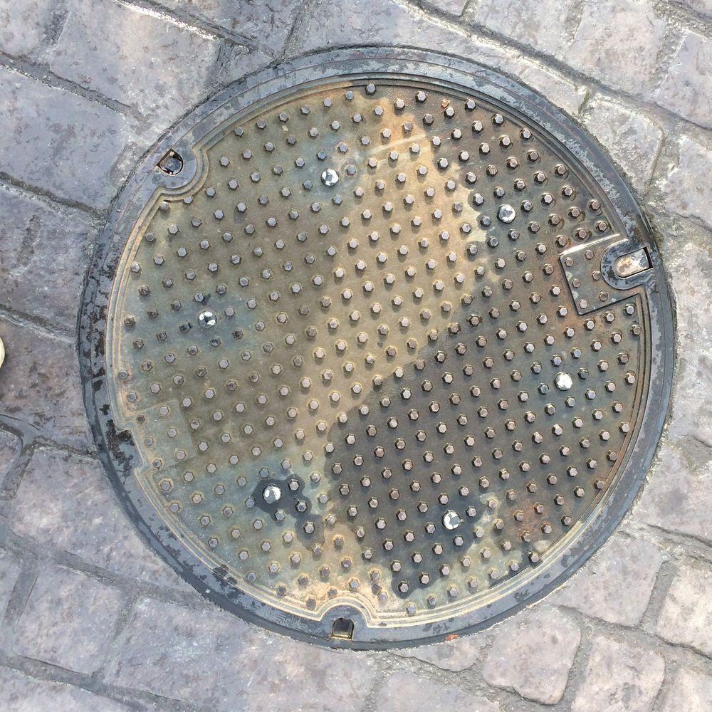 канализационные люки