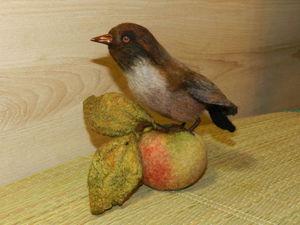 Валяем композицию «Птичка с осенним яблоком». Часть 1. Ярмарка Мастеров - ручная работа, handmade.