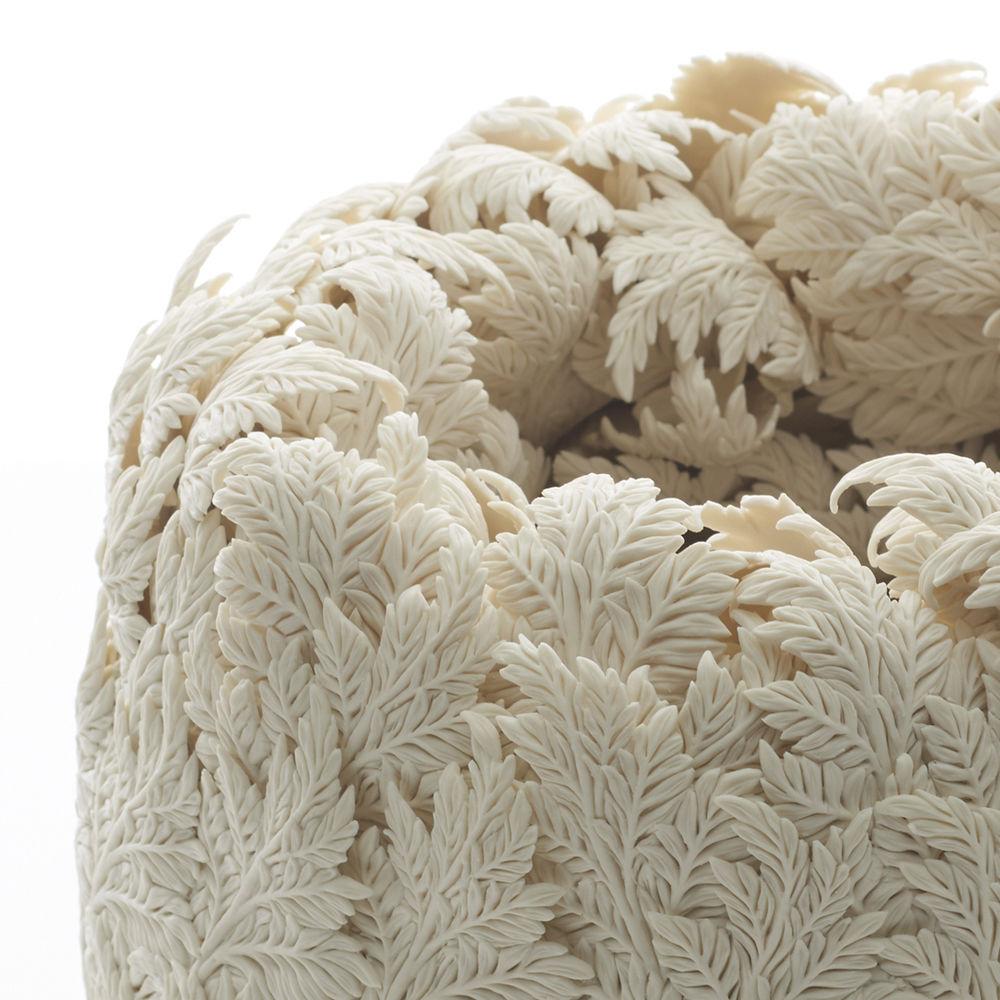 Потрясающие работы Hitomi Hosono: растения, застывшие в фарфоре, фото № 3