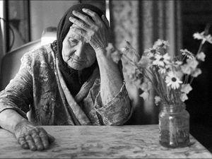 Ох, Бабуля, Бабуля. Целую Жизнь Спустила в Унитаз...зачем?!!!. Ярмарка Мастеров - ручная работа, handmade.