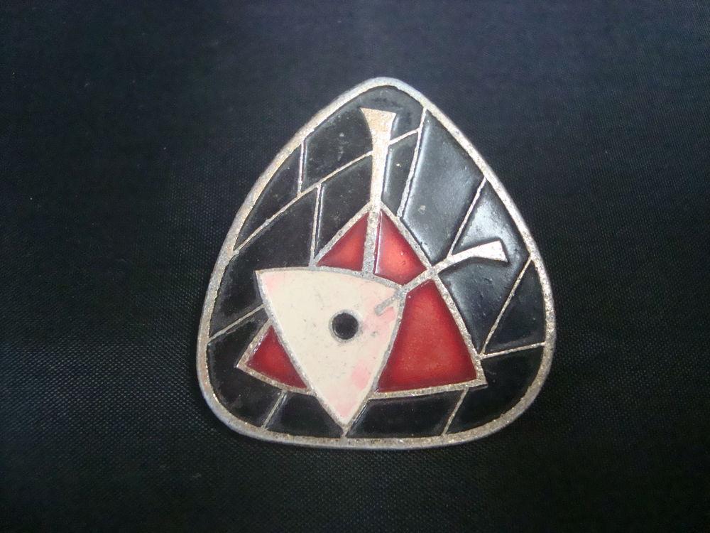 значок с балалайкой, металлическая брошь, значок с эмалью