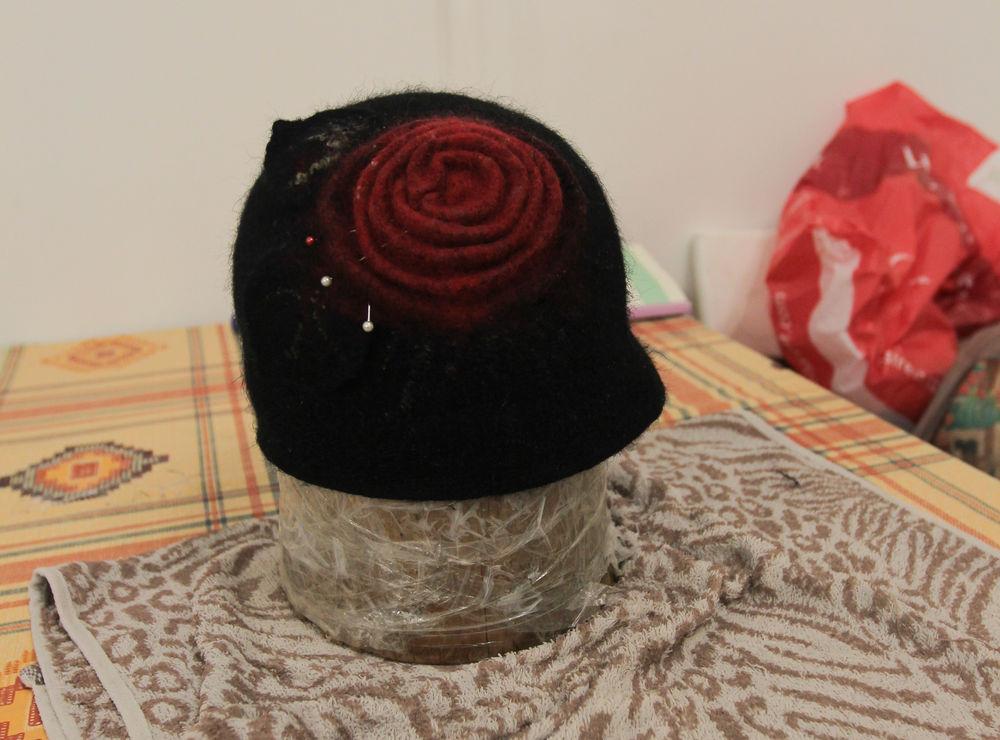 Головные уборы из шерсти: шапочки, шляпки, кепки, береты, фото № 27