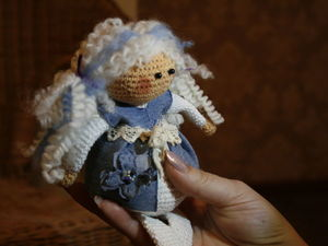 Делаем ангелу прическу из шерсти для валяния. Ярмарка Мастеров - ручная работа, handmade.
