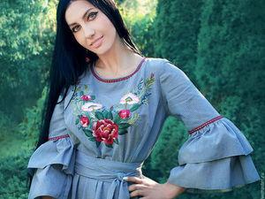 Романтичное длинное платье с ручной вышивкой