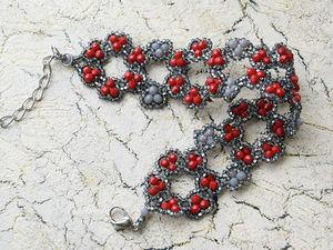 Плетём браслет из бисера и бусин «Цветы». Ярмарка Мастеров - ручная работа, handmade.