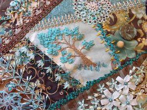 Сочетание техники «крейзи квилт» и вышивки в потрясающих работах мастеров. Ярмарка Мастеров - ручная работа, handmade.