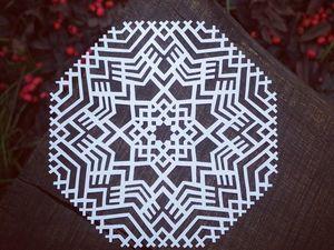Вырезаю новые снежинки. Ярмарка Мастеров - ручная работа, handmade.