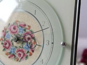 Дополнительные фотографии часов с вышивкой Petit Point. Ярмарка Мастеров - ручная работа, handmade.