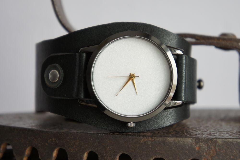аукцион магазина, женские наручные часы