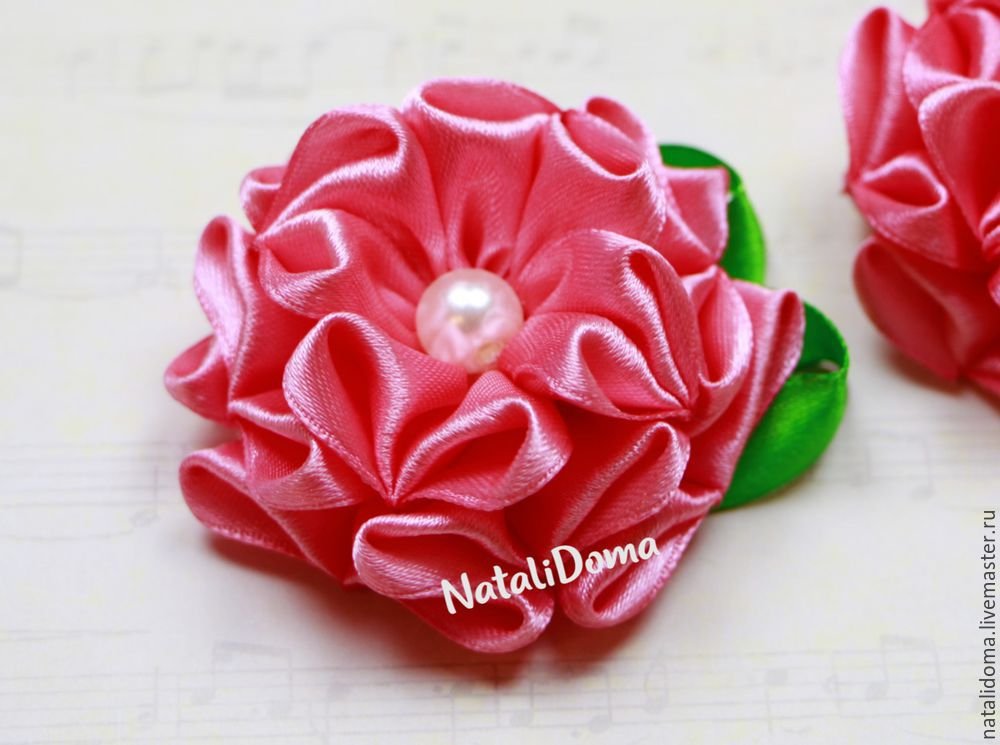 цветы из лент, цветок, цветок-брошь, цветы ручной работы, канзаши