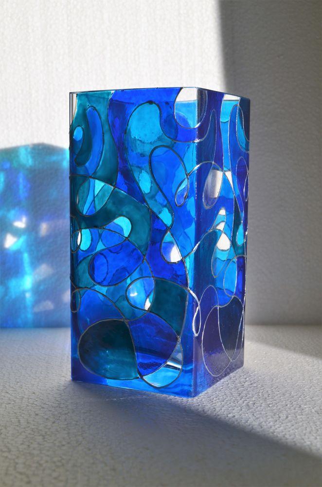 ваза, витражная роспись, витражная роспись стекла, волны, стеклянный магазинчик, синие узоры, морские волны