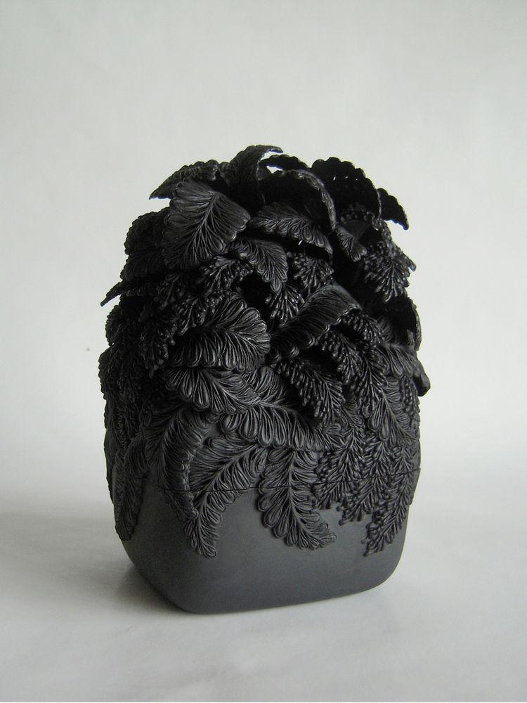 Потрясающие работы Hitomi Hosono: растения, застывшие в фарфоре, фото № 5