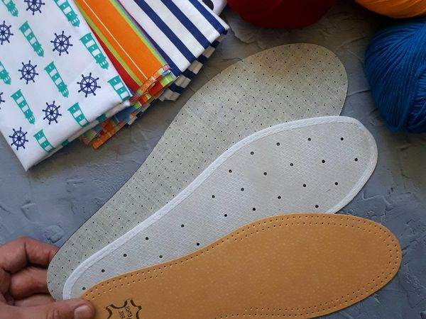 Стельки в вязанной обуви | Ярмарка Мастеров - ручная работа, handmade