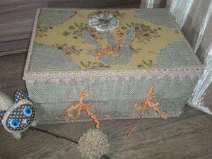 Декорируем подарочную коробку при помощи подручных средств. Ярмарка Мастеров - ручная работа, handmade.