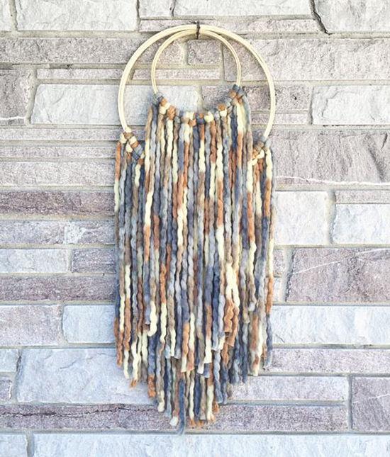 Простые идеи для дома: стильные панно из пряжи, фото № 24