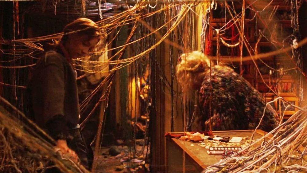 Вязание идет в кино