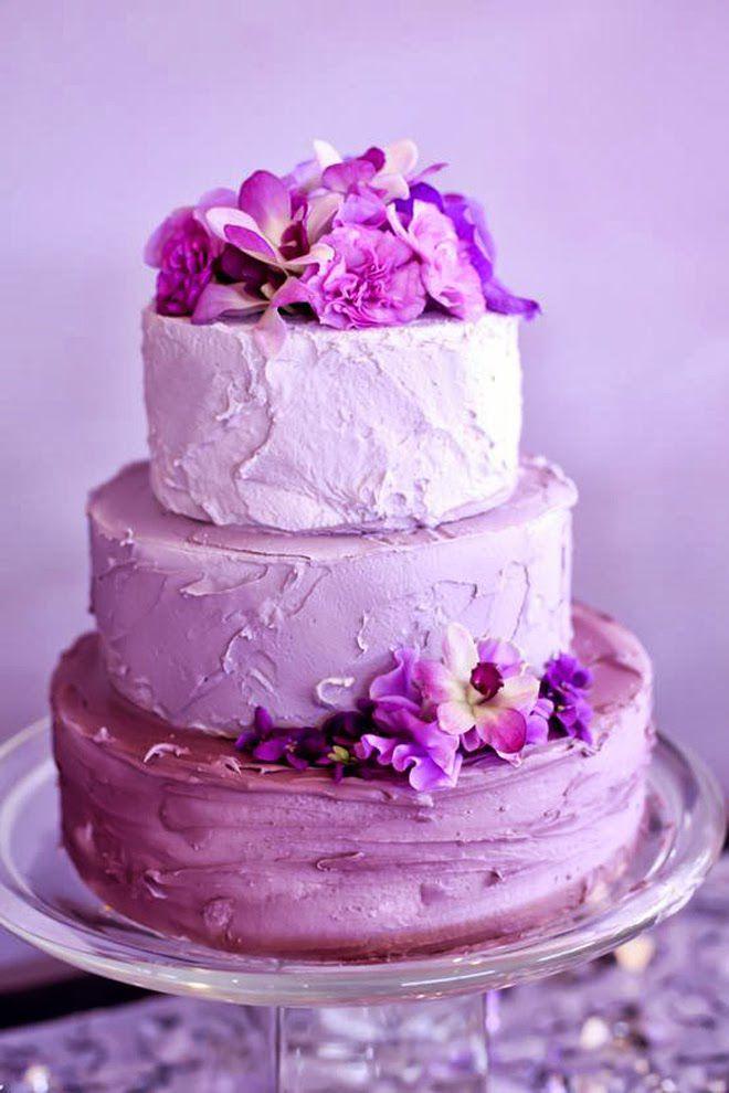 Кремовые свадебные торты фиолетовые