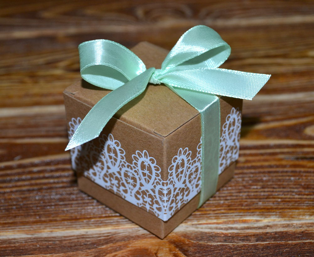 свадебные комплименты, коробочка для бонбоньерок