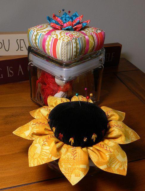 .Oh, Sunflower!....it's a pincushion...