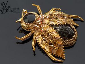Брошь Золотой жук в золоте трех оттенков. Ярмарка Мастеров - ручная работа, handmade.
