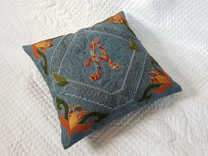 Sewing a Pillow with a Personalized Applique. Livemaster - handmade