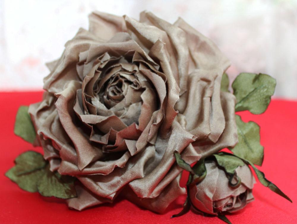 цветы ручной работы, цветы авторская работа, купить цветы из ткани, брошь заколка с цветком, брошь цветок из ткани, броши из ткани на заказ, брошь с цветком