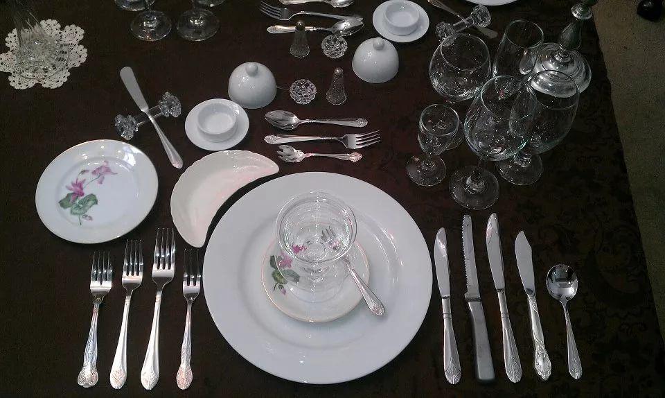 Как сделать стол красивым и стильным