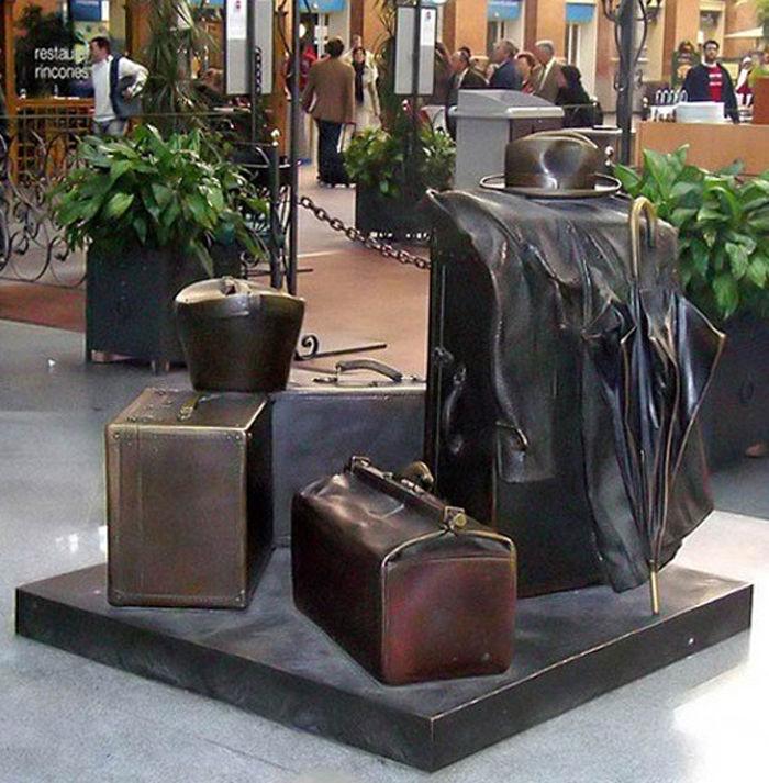 памятник аксессуарам