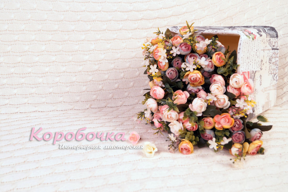 новость, подушка валик, интерьер, цветы