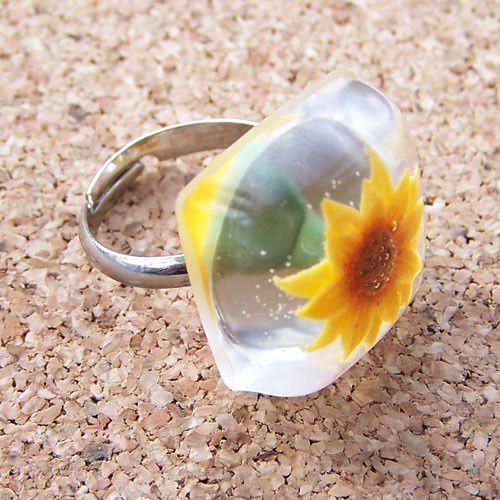 Sunflower adjustable resin ring