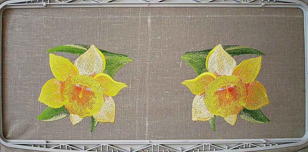 вышитая салфетка, заказать скатерть, желтый, весенние цветы