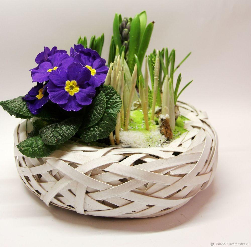 цветы на 8 марта, корзина цветов, на 8 марта, живые цветы, доставка по москве, весна 2019, букет цветов