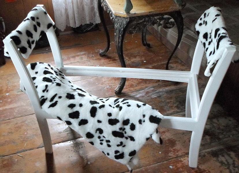 банкетка, скамейка, пуфик, далматинец, белый, в пятнах, черный, деревянный