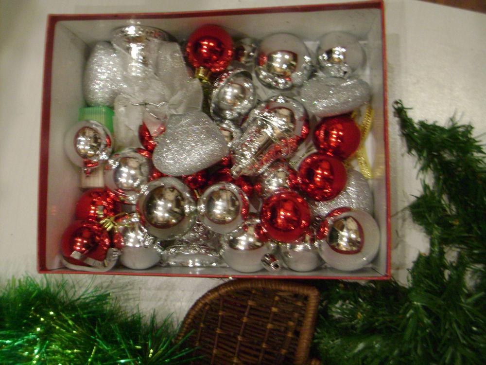 декор, ёлочные шары, рождественский венок