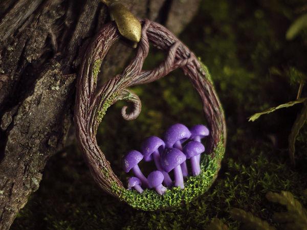 Лепим лесной кулон с грибочками из полимерной глины   Ярмарка Мастеров - ручная работа, handmade