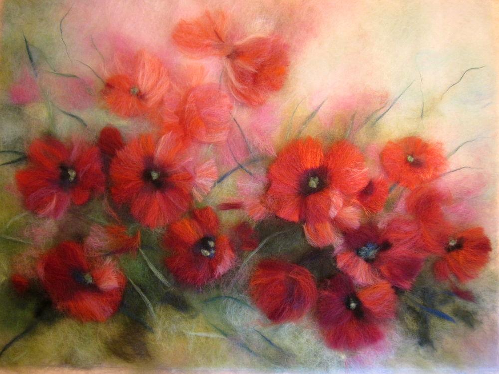 живопись шерстью, яркая картина, подарок женщине, красный цветок