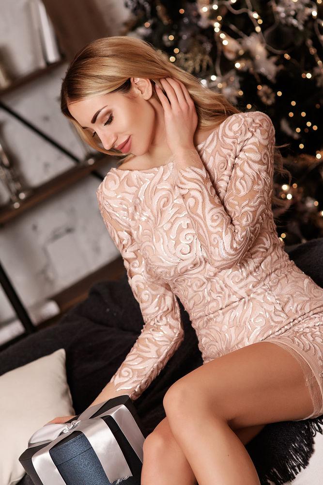 платье на новый год, красивое платье, новый год, теплое вязаное платье