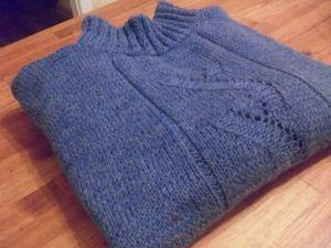 Акция на мужской свитер