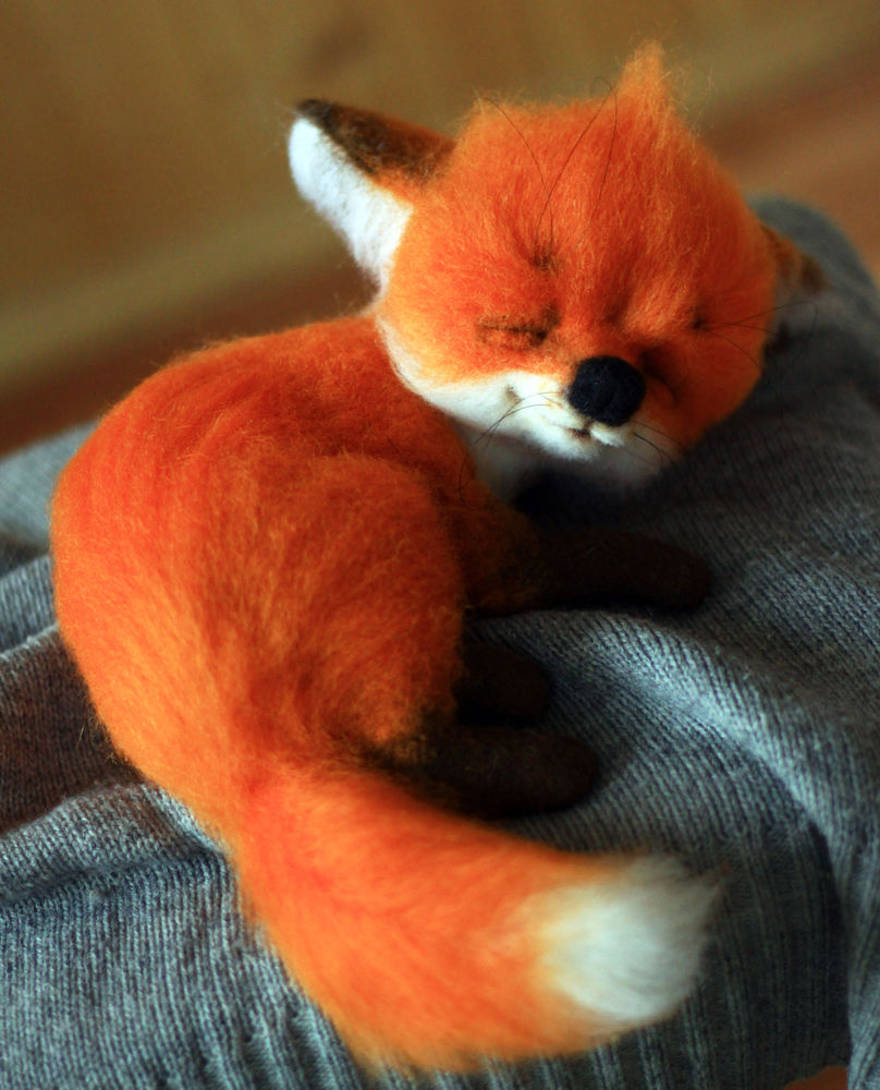 лисица, валяние из шерсти