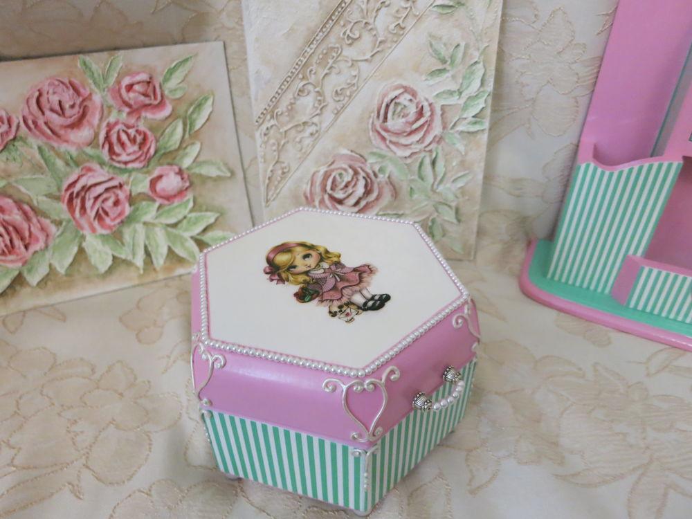 мятно-розовый