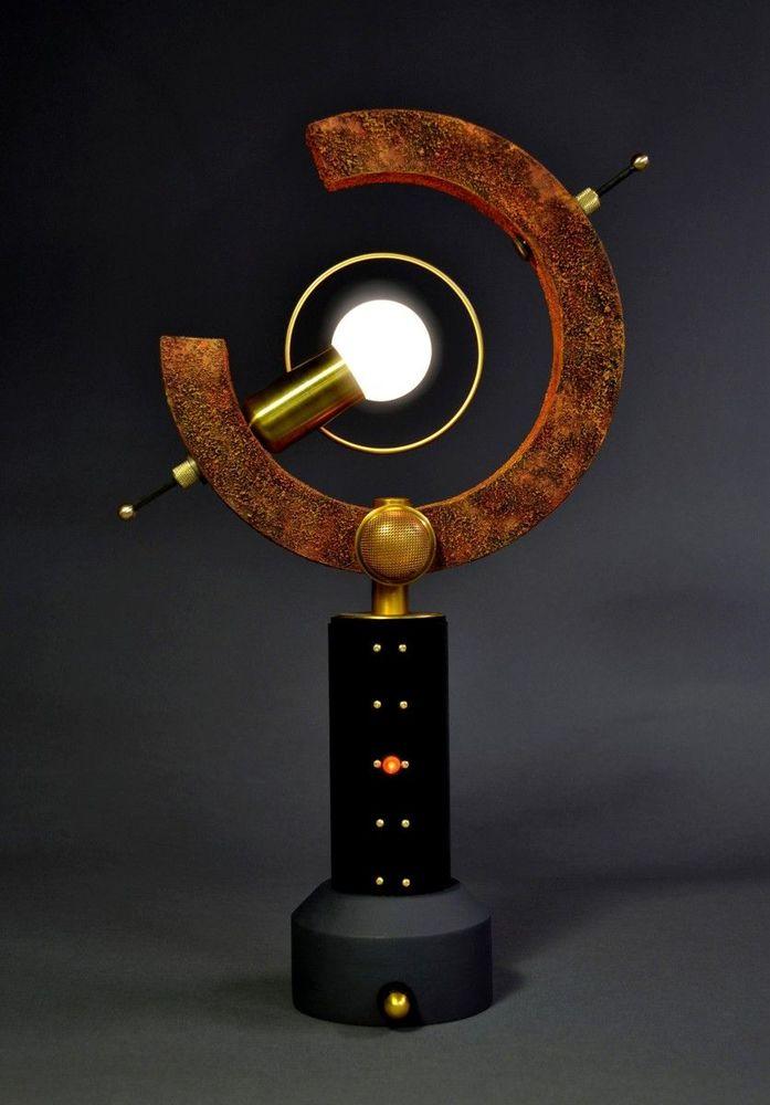 Арт Донован — мастер стимпанк-светильников