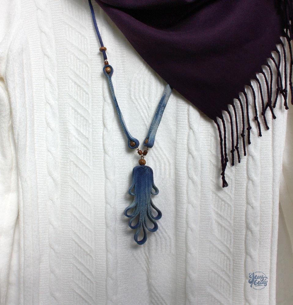синий, необычное украшение, ручная работа