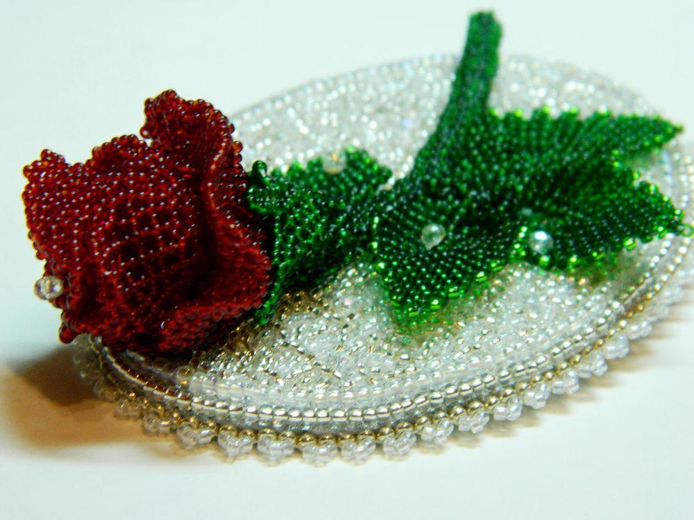 роза на снегу, роза в серебре