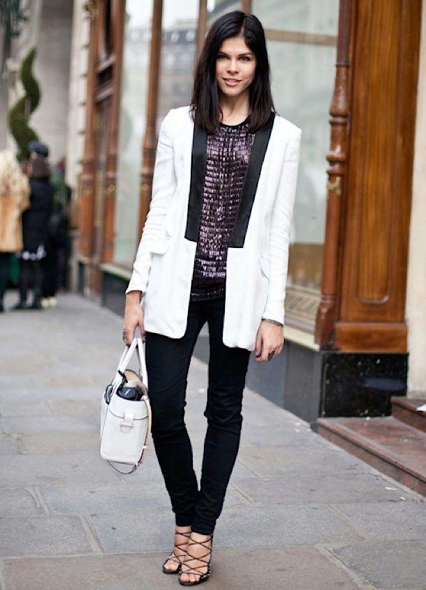 стиле классика с чем носить белый пиджак фото скрывает, что