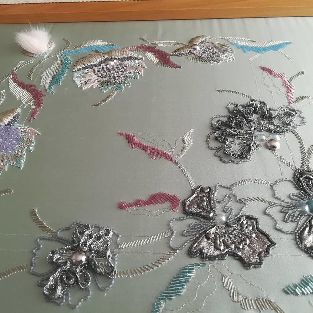 Узор школы вышивки Lesage. Цветочное изящество