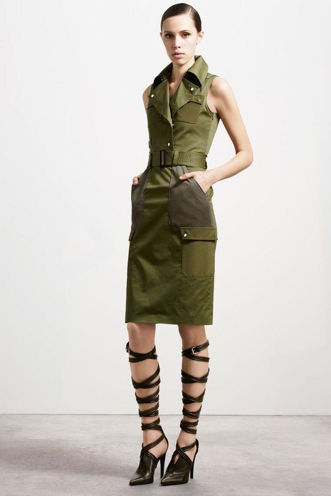Фото стильных военных платьев
