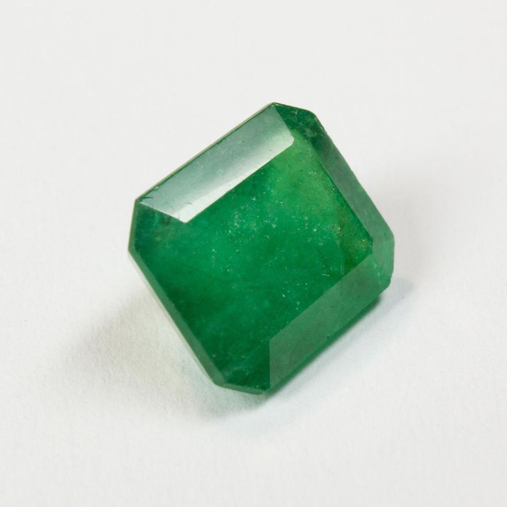 изумруд натуральный, камень натуральный